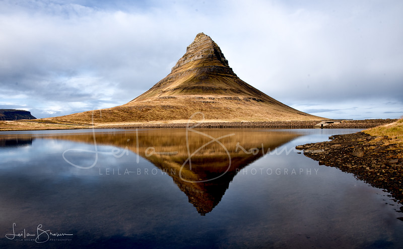 Kirkjufell reflected.jpg