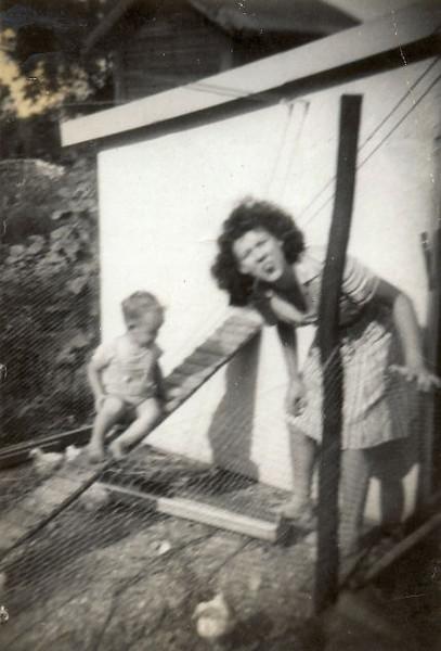 Bud and Emma Aug 1945.jpg