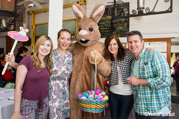 03.27.16 Easter Brunch and Coloring Bar at James' Beach