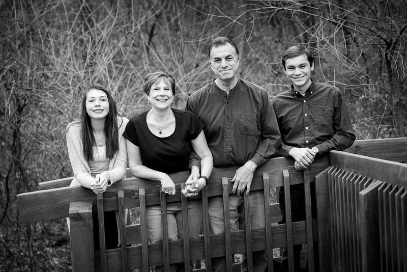 Family bw-0231.jpg