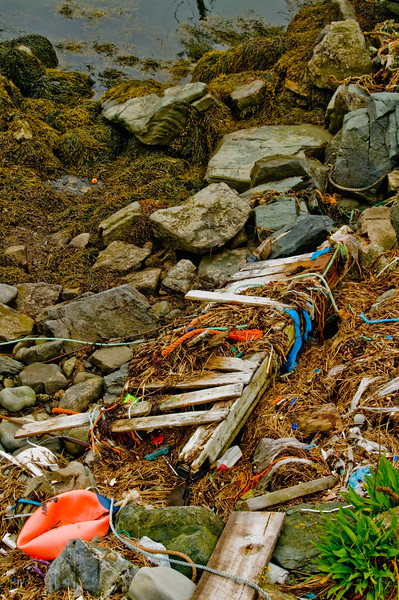 I don't know why, but I love this nautical detritus.