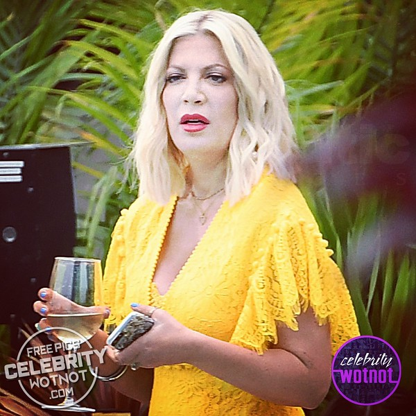 Tori Spelling & Jennie Garth Back Filming Beverly Hills 90210 29 Years On!