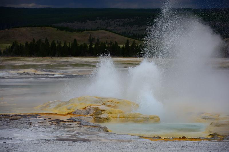 Yellowstone-480.jpg