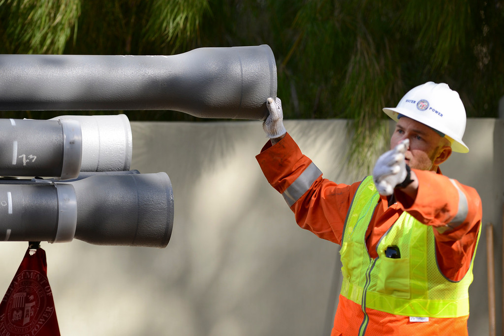 . The DWP is installing the first ever earthquake proof water pipes along Contour Drive in Sherman Oaks.  The new pipe, made in Japan, has withstood magnitude 9 earthquakes.  The secret to the new pipes lies in a new type of flexible rubberized joints.   Photo by David Crane/Staff Photographer