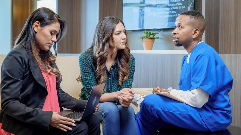 120117_16055_Hospital_Consultation.jpg