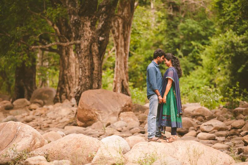 Rajapalayam-CoupleShoot-Varun+Raashmi-lightstory-10.jpg