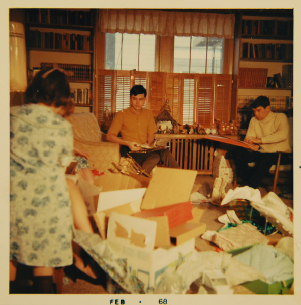 That is my Dad at right. He's 21 and enjoying his first Christmas at the Clems. I will be born 5 months later. Is that Aunt Margie at left?