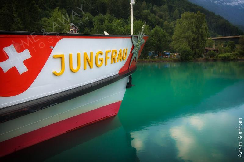 Boat to Jungfrau