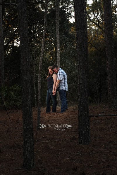 Rustic-Fall-Outdoor-Engagment-Shoot-Photography By Laina-4.jpg