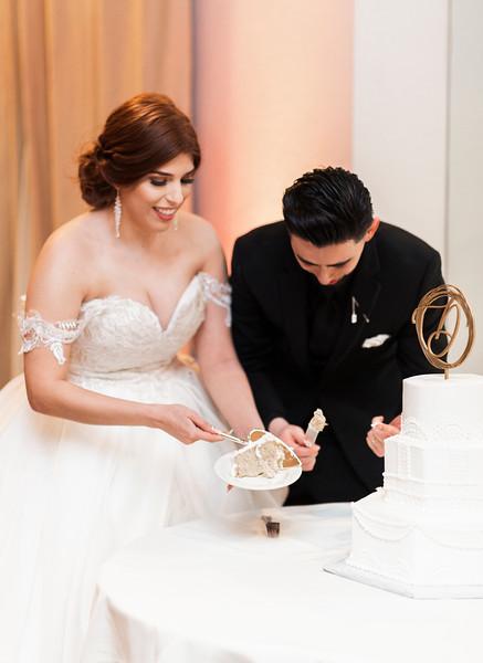 Alexandria Vail Photography Wedgewood Fresno Wedding Alexis   Dezmen751.jpg