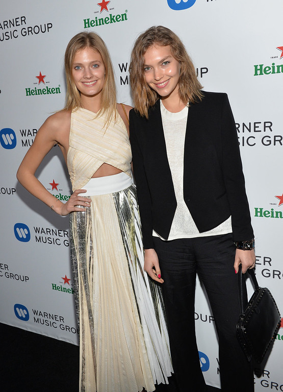 . Models Constance Jablonski (L) and Arizona Muse attend the Warner Music Group annual GRAMMY celebration on January 26, 2014 in Los Angeles, California.  (Photo by Michael Buckner/Getty Images for Warner Bros.)