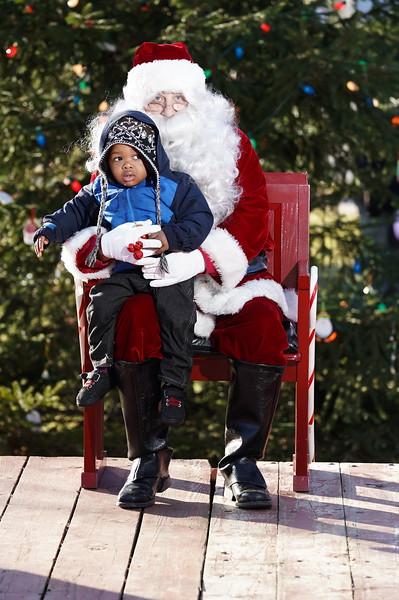 Santa In The Park 20190163.JPG