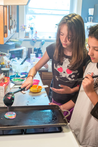 20130622-Olivia and friends tye-dye pancakes-PMG_3731.jpg