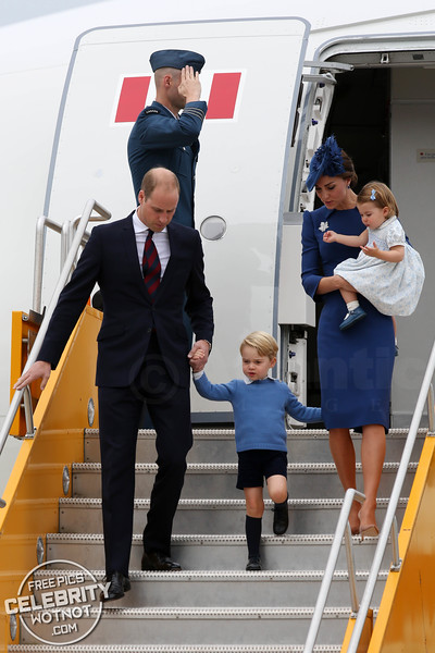 Prince William, Kate Middleton, Prince George and Princess Charlotte Arrive in Canadian Tour Greeted by Prime Minister Justin Trudeau for a First Day of Formalities