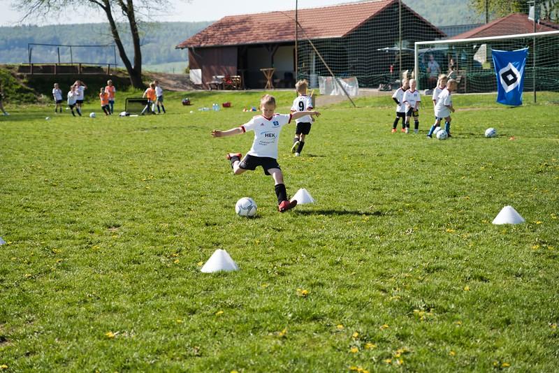 hsv-fussballschule---wochendendcamp-hannm-am-22-und-23042019-w-45_47677905542_o.jpg