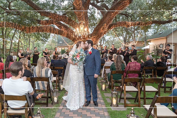 Awesome Autumn Wedding at Oak Tree Manor in Spring Texas