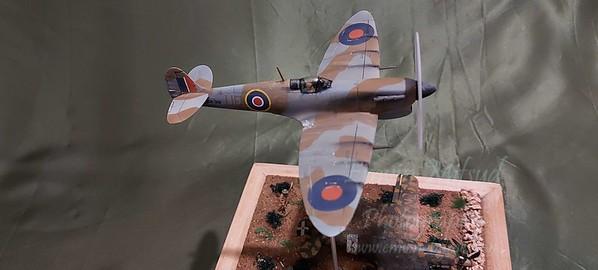 Spitfire vs Macchi