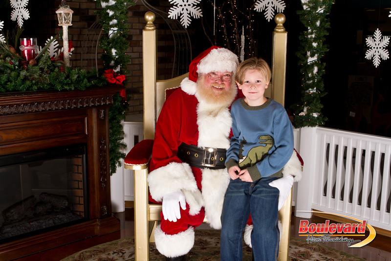 Santa Dec 15-294.jpg