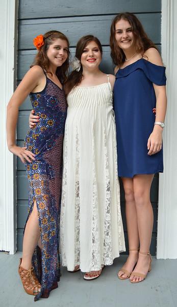 Tori&Sisters2EDIT.jpg