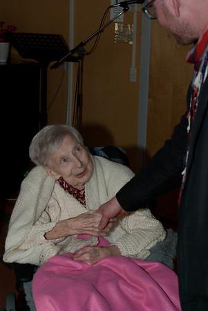 Britta 95 år 2012