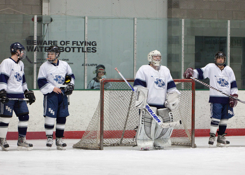 20110224_UHS_Hockey_Semi-Finals_2011_0049.jpg