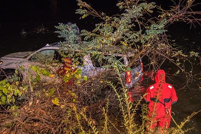10-25-16 MVA With Injuries, Car Into The Water, Bear Mountain Bridge Road