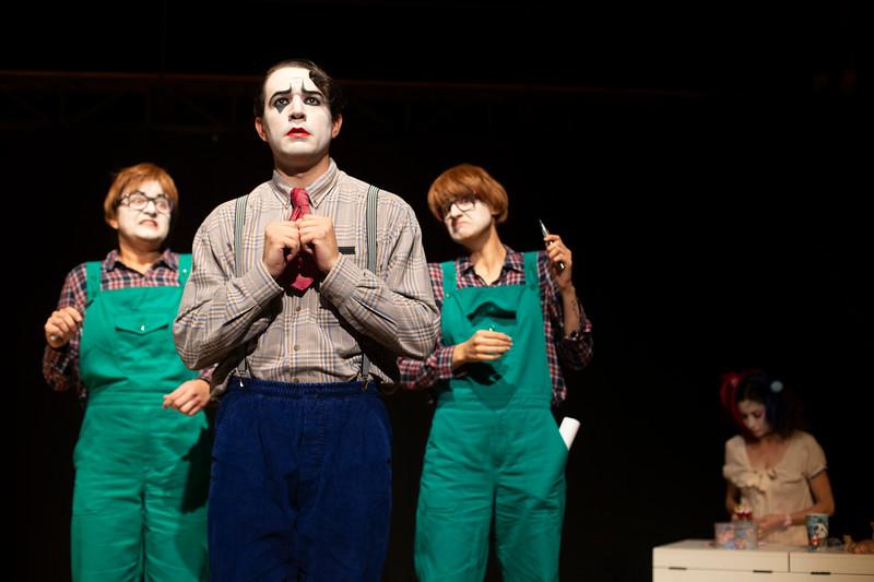 Allan Bravos - essenCIA Teatro - Persona 07-33.jpg