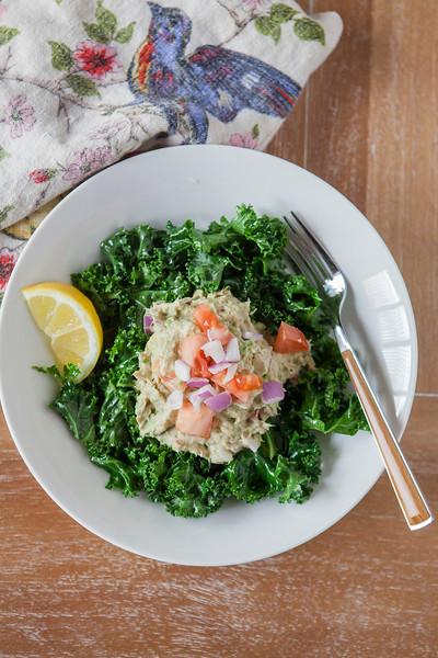 2017.04.09 Avocado Tuna Salad with Kale