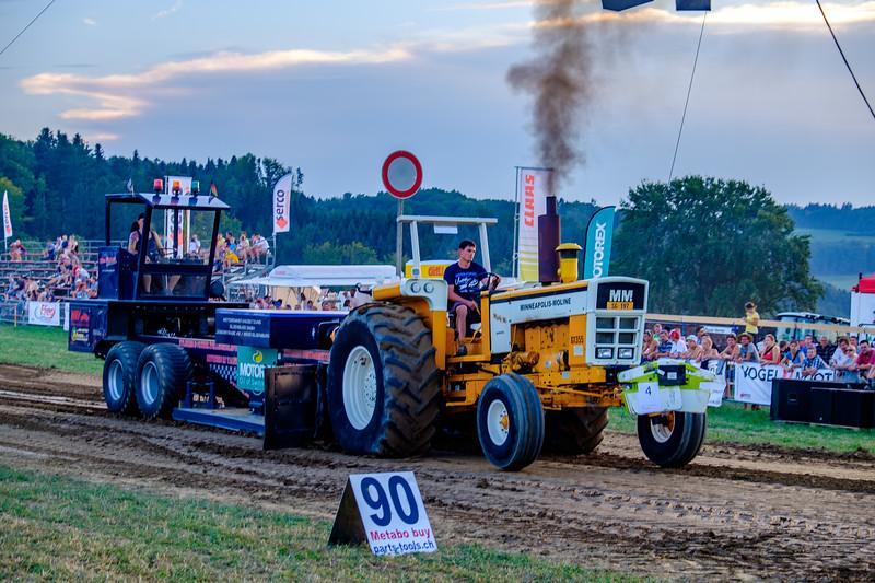 Tractor Pulling 2015-2012.jpg