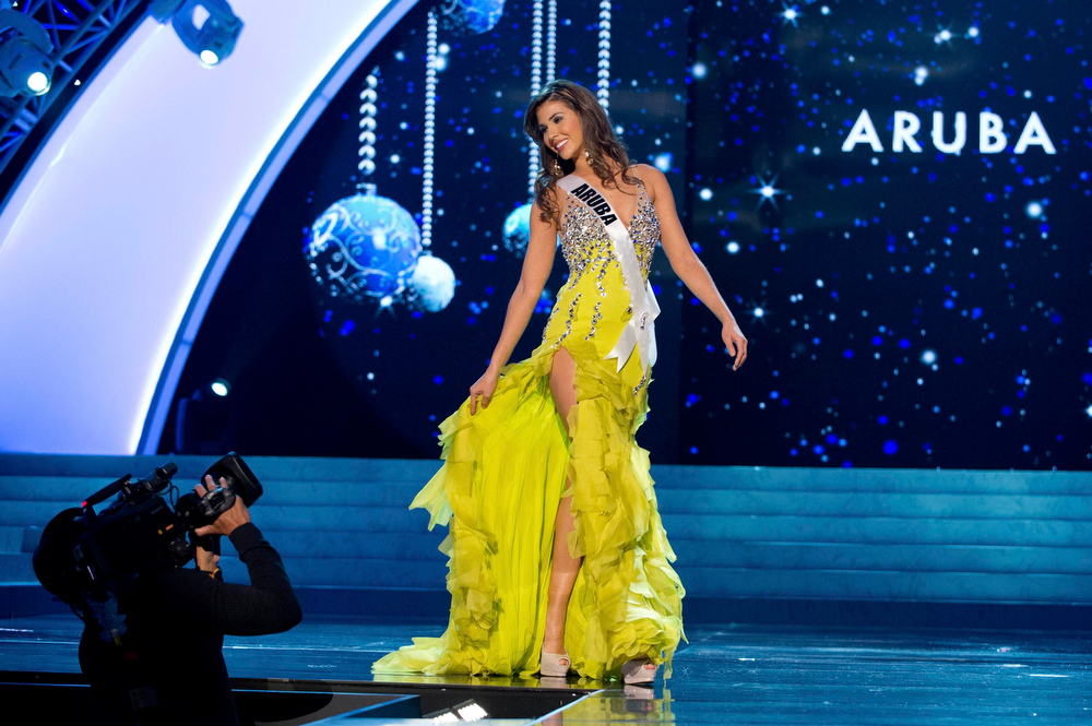 Description of . Miss Aruba 2012 Liza Helder competes in an evening gown of her choice during the Evening Gown Competition of the 2012 Miss Universe Presentation Show in Las Vegas, Nevada, December 13, 2012. The Miss Universe 2012 pageant will be held on December 19 at the Planet Hollywood Resort and Casino in Las Vegas. REUTERS/Darren Decker/Miss Universe Organization L.P/Handout
