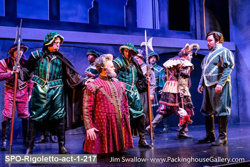 SPO-Rigoletto-act-1-217.jpg