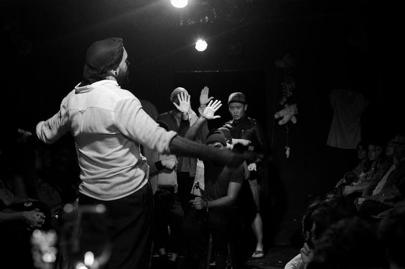 Allan Bravos - Fotografia de Teatro - Indac - Migraaaantes-144-2.jpg
