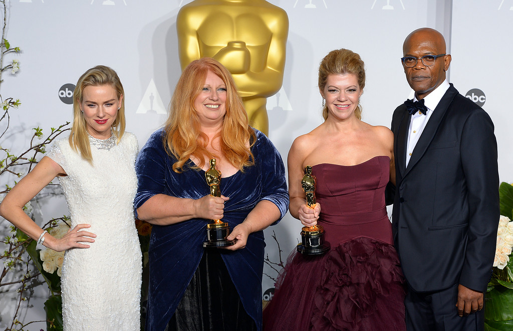 ". Adruitha Lee and Robin Mathews who won the Oscar for ""Achievement in Makeup and Hairstyling, with Naomi Watts (L) and (Samuel L. Jackson (R) backstage at the 86th Academy Awards at the Dolby Theatre in Hollywood, California on Sunday March 2, 2014 (Photo by David Crane / Los Angeles Daily News)"