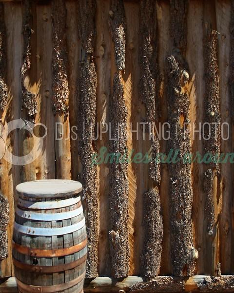 Barrel and Fence_batch_batch.jpg