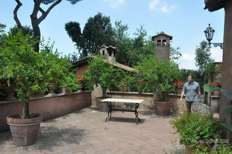 Villa dei Quintili - 002.jpg