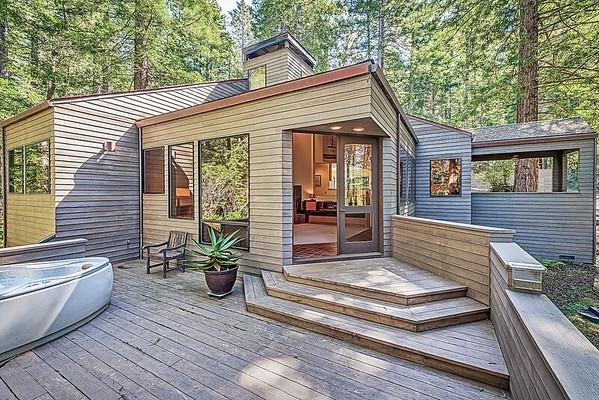 Lumberjack Close, Sea Ranch, California