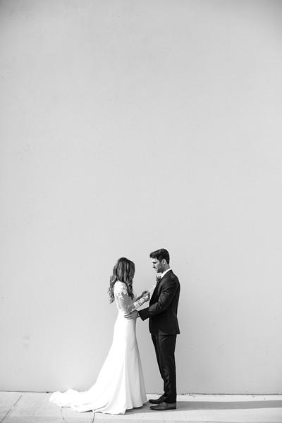 Kate&Josh_B&W_ZACH.WATHEN.PHOTOGRAPHER-275.jpg