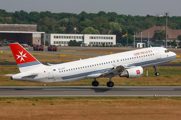 9H-AEF - Airbus A320-214