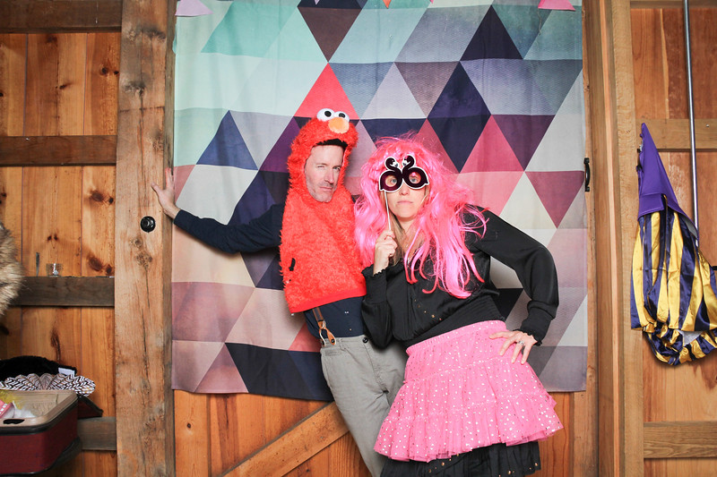 kwhipple_isabelle_jay_photobooth_20191109_0321.jpg