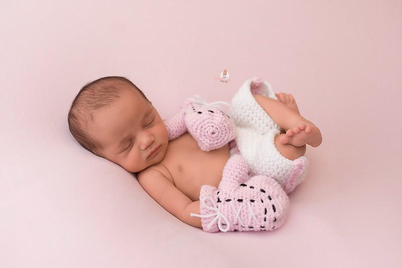 newborn-photographer-theme-7766 Eliana WEB.jpg