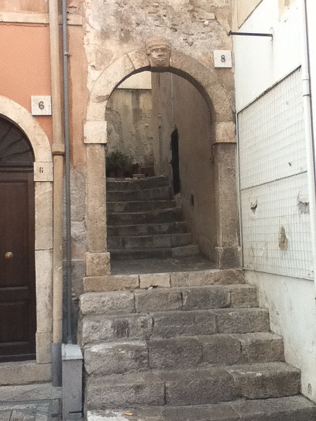 20110812-Ginka-Sicily-20110812--IMG_1105--0233.jpg