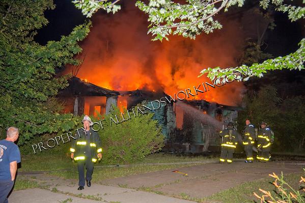 Detroit 8349 Colfax vacant dwelling