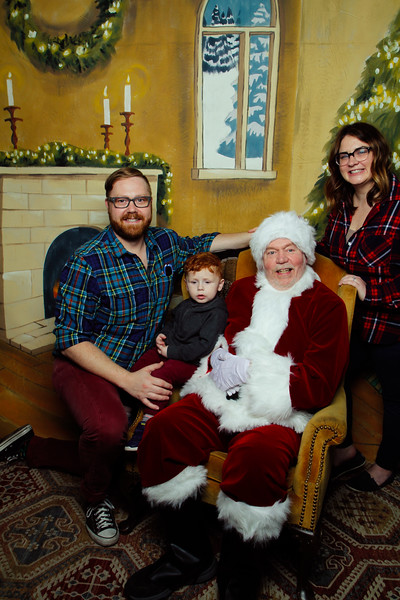 Pictures with Santa Earthbound 12.2.2017-051.jpg
