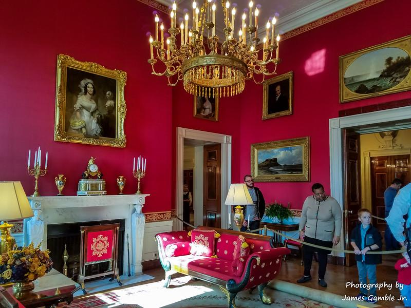 White-House-Tour-120222.jpg