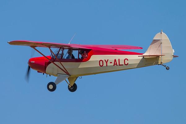 OY-ALC - Piper PA-12 Super Cruiser
