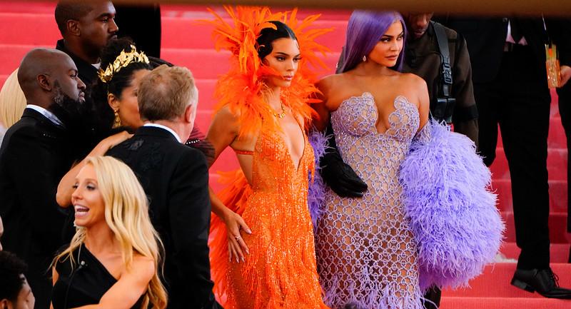 05.06.2019-Kendall Jenner Kylie Jenner Kim Kardashian Kanye West Travis Scott_Z_04.jpg
