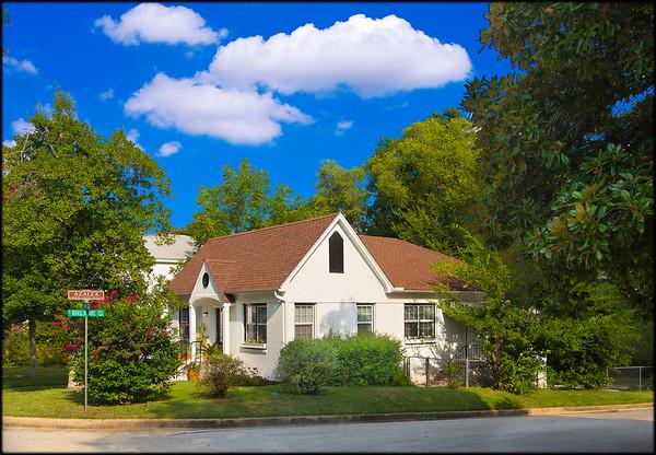 403 W Shaw St, Listing Photos