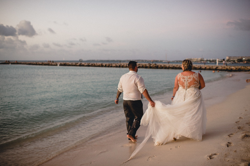Requiem Images - Aruba Riu Palace Caribbean - Luxury Destination Wedding Photographer - Day after - Megan Aaron -122.jpg