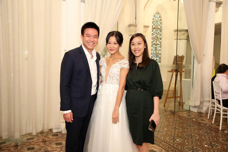 Vivid-with-Love-Wedding-of-Benjamin-&-Natalie-No-Border-27523.JPG