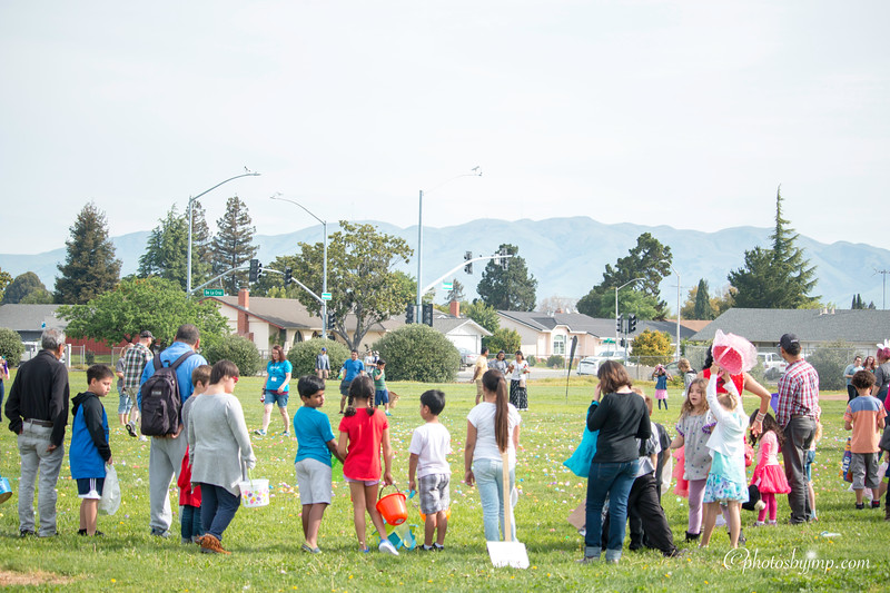 Community Easter Egg Hunt Montague Park Santa Clara_20180331_0096.jpg
